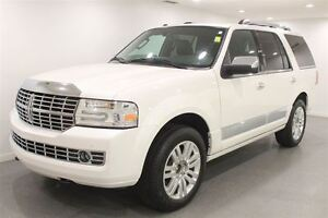 2014 Lincoln Navigator Auto|7 Pass| Fully Loaded| Low Kms!!