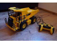 CAT Job Site Machines L&S Remote Control Vehicle - Dumptruck