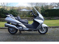 2008 - 58 Honda Silver Wing FJS 600 maxi scooter, low mileage