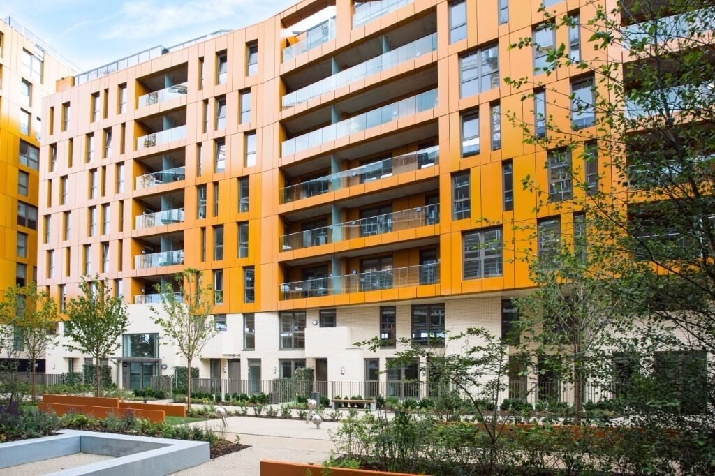 @ Contemporary Open-Plan 1 Bedroom Apartment w/ 24 Hour Concierge - Enderby Wharf, SE10