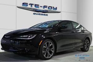 2015 Chrysler 200 S  ** DEMO A LIQUIDER** *BLUETHOOT