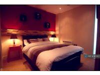2 bedroom flat in Huntingdon Street, Nottingham, NG1 (2 bed) (#1107457)