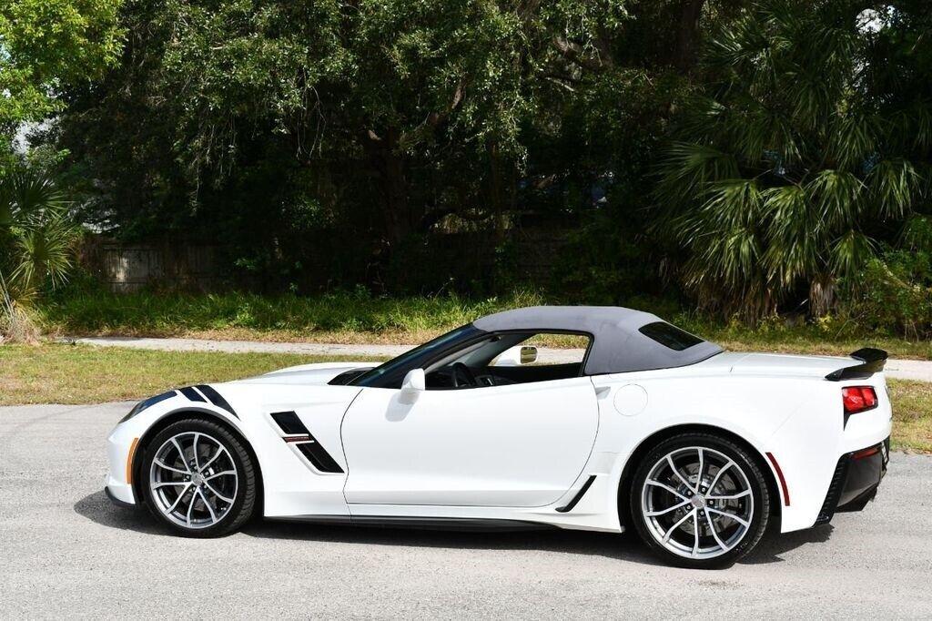 2017 White Chevrolet Corvette Convertible 3LT | C7 Corvette Photo 4