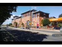 2 bedroom flat in Ing Road, Wakefield, WF1 (2 bed)