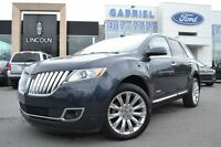 2013 Lincoln MKX AWD + TOIT OUVRAN Come visit us today and