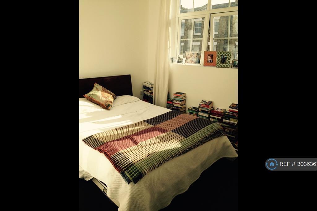 1 bedroom flat in Wilton Way, London, E8 (1 bed)