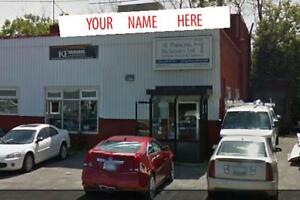 860 Boyd Avenue-Showroom/Warehouse/Retail Space for Sale/Lease