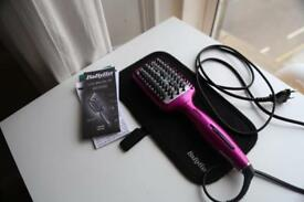 Babyliss 3D Brush Ironing Hair