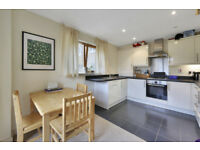 Short-Let One bedroomed apartment w/ private balcony, underground parking + bills included in Bow E3