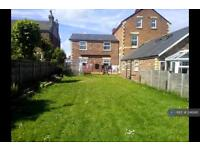 2 bedroom flat in Temple Rd, Wirral, CH42 (2 bed)