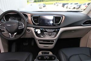 2017 Chrysler Pacifica Touring-L Plus *0% for 72 months* London Ontario image 3