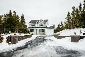 44 Forest River Rd - Executive. Single Family Home