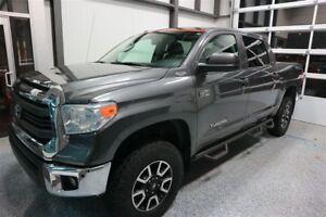 2014 Toyota Tundra SR5 5.7L V8 *CREW CAB 4X4 AWD