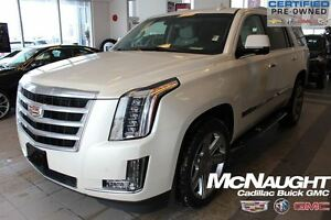 2015 Cadillac Escalade Luxury | 4x4 | Sunroof | NAV | Heated Lea