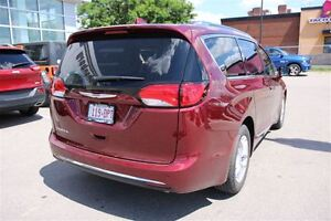 2017 Chrysler Pacifica Touring-L Plus *0% for 72 months* London Ontario image 8