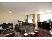 3 bedroom flat in Regent Court, Ballards Lane, Finchley, N3
