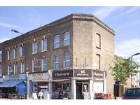 Arranged over 2 floors very well proportioned split level flat. Boasting 3 generous double bedrooms