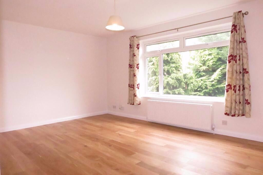 AVAILABLE 2 FURNISHED NICE PROPERTY IN WIMBLEDON!!!! CLOSE TO STATION SW19!!