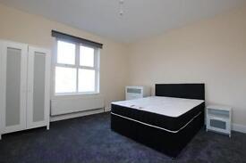 4 bedroom flat in Gloucester Drive, Finsbury Park