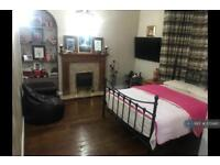 1 bedroom in Ashford Road, Feltham , TW13