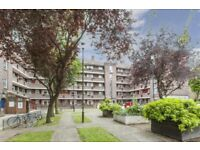 Bright And Spacious 3 Bedroom Apartment Located in Shoreditch, Available To View Immediately.
