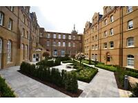 2 bedroom flat in Cambridge Court, St Josephs Gate, Lawrence Street, Mill Hill, NW7