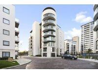 1 bedroom flat in Pump House Crescent, Brentford, TW8 (1 bed) (#1038894)