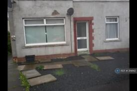 2 bedroom flat in Harper Crescent, Largs, KA30 (2 bed)