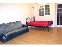 LARGE MODERN SPACIOUS STUDIO - ALL BILLS INCLUDED - SOUTHALL UB2!