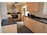 ABSOLUTE BARGAIN FOR LUXURY!!! - UXBRIDGE/HILLINGDON 2 BED FLAT - PERFECT FOR SMALL FAMILY