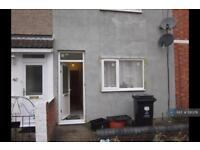 2 bedroom house in Morse Street, Swindon, SN1 (2 bed)