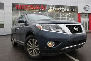 2014 Nissan Pathfinder SL Leather/ All Wheel Drive/ Tow Hitch/ B
