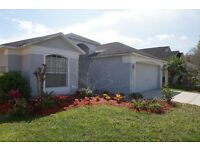 Florida Luxury 4 Bed Villa at Ridgewood Lakes Golf & Country Club - Free Golf Clubs - Great Views