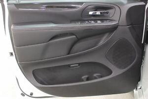 2015 Chrysler Town & Country S| Auto| Leather|DVD|White Regina Regina Area image 16