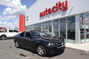 2014 Dodge Charger SXT | Sunroof | UConnect | Leather |