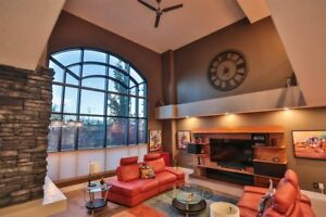 Must Sell - STUNNING EXECUTIVE  LOFT FOR SALE