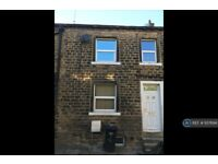 1 bedroom house in Back West Street, Sowerby Bridge, HX6 (1 bed) (#937694)