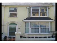 2 bedroom flat in Elm Road, Plymouth, PL4 (2 bed)