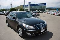 2013 Hyundai Genesis 3.8  PREM LEATHER AND ROOF