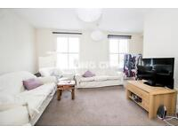 3 bedroom flat in Rhyl Street, Kentish Town, Camden