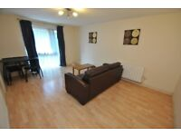 Spacious 2 bedroom flat in Newbury Park part dss with guarantor acceptable
