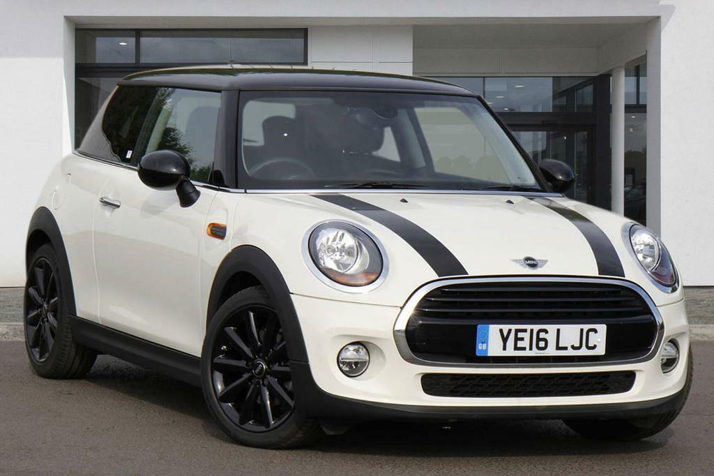 mini hatch cooper d pepper white 2016 in kensington london gumtree. Black Bedroom Furniture Sets. Home Design Ideas