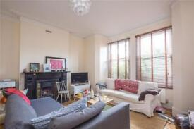 4 bedroom house in Gladwell Road, Crouch End, N8