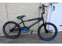 bikes Muddyfox Fracture BMX 11inch frame