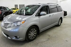 2011 Toyota Sienna Limited AWD - **Navi, DVD, Fully Loaded**