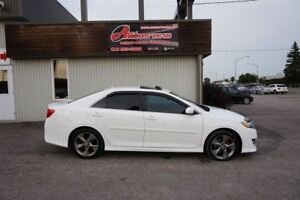 2012 Toyota Camry SE V6 AUTO TOIT/MAGS/CAMERA SEULEMENT 141 000K