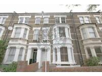 Studio flat in Fernhead Road, Maida Vale