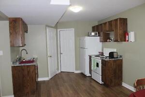 2 Bedroom- EARL STREET, Bordering Queens - Renovated- MUST SEE! Kingston Kingston Area image 2