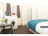 1 bedroom in Pontefract Road, Castleford, WF10 (#1155210)
