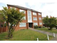 2 bedroom flat in Leicester Road, New Barnet, Barnet, EN5